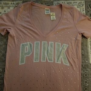 VS Pink V-Neck Campus Tee
